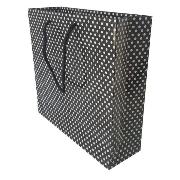 25 x 24 x 8 cm Karton çanta ipli puantiyeli siyah renk