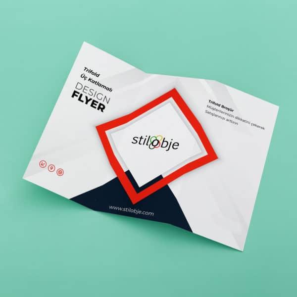 Trifold broşür stilobje